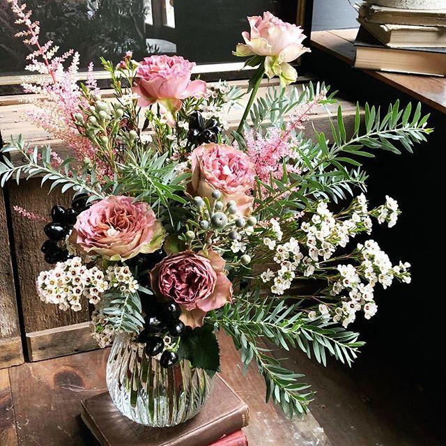 結婚記念日ブーケ❗️優しいピンクの花をい...