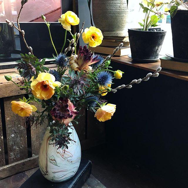 退職される先生へ贈る束。花が大好きな男...
