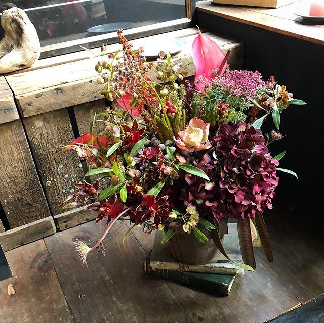 pinkがポイントの祝い花✨purpleがポイン...