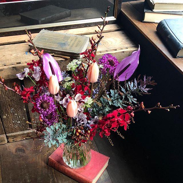 成人式を迎える彼女への花束🥀鮮やかな紺...